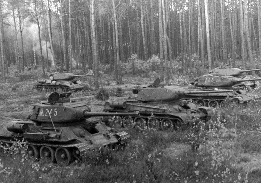 Старые танки на службе армий разных государств