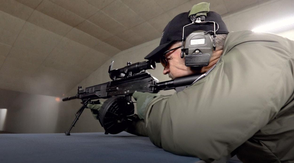 Ларри Викерс тестирует РПК-16