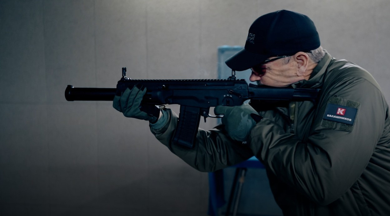 Ларри Викерс тестирует АМБ-17