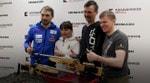 Концерн «Калашников» подарил родителям Антона Шипулина спортивные  винтовки «Биатлон-7-4»