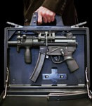 Стреляющий портфель Heckler & Koch