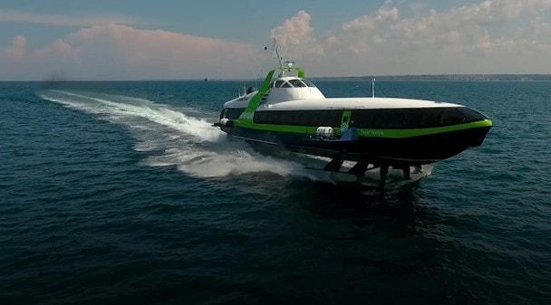 Морское пассажирское судно на подводных крыльях «Комета»