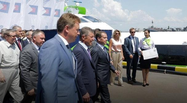 Торжественное открытие регулярного движения СПК «Комета 120М» между Севастополем и Ялтой