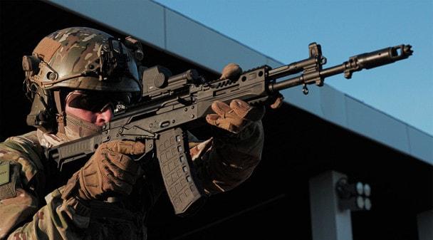 «Калашников» представил обновленный АК-12