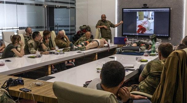 «Калашников» провел курс по тактической медицине для блогеров