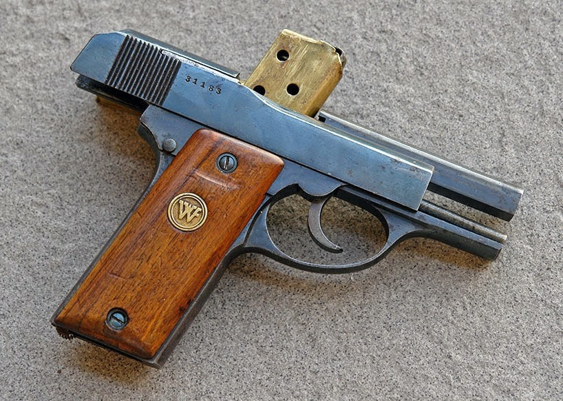 little tom 32acp.jpg
